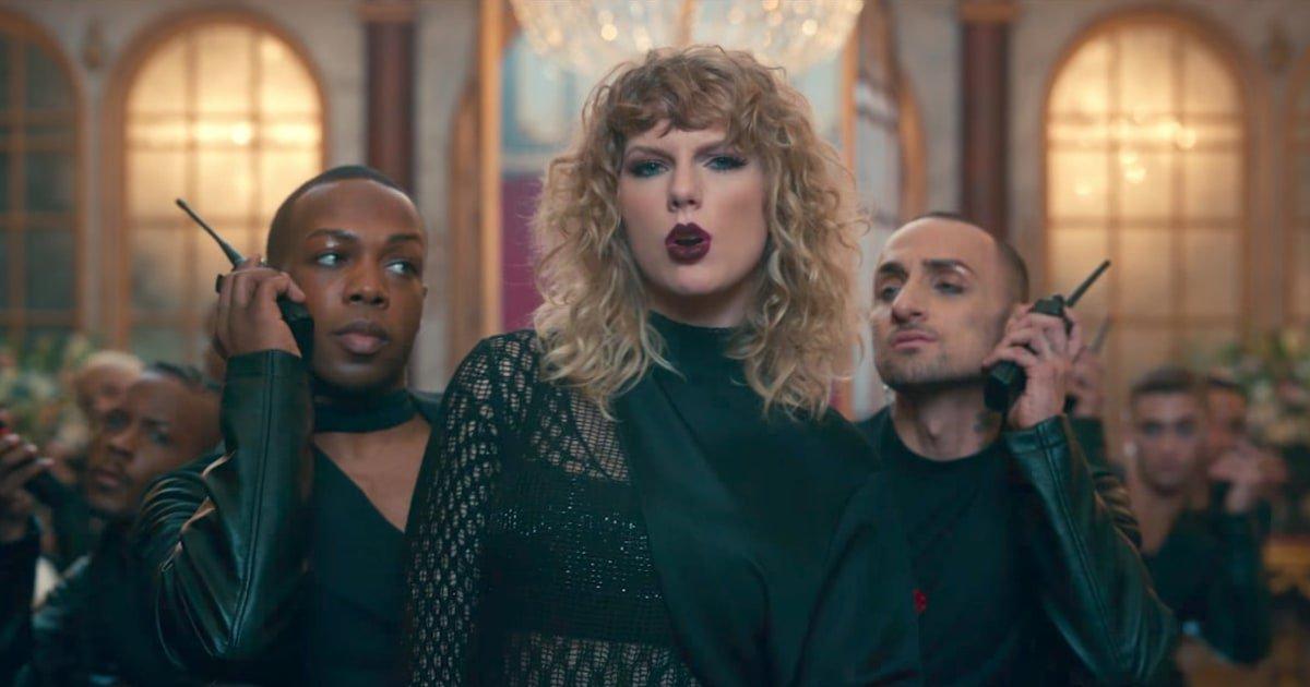 All 115 of Taylor Swift's songs, ranked https://t.co/mdD4f04rQ8 https://t.co/Bm317v6fib