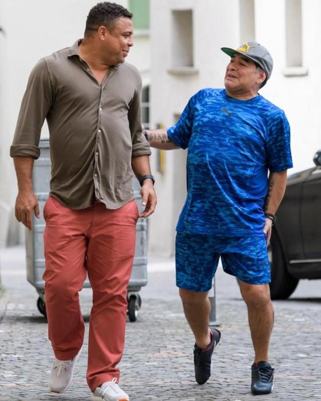 #Diego #Maradona #and #Ronaldo #pictured #together #in #Switzerland https://t.co/KncrNrdgCE  #shitgotdeep,#soccer https://t.co/YKp4lpIJtV