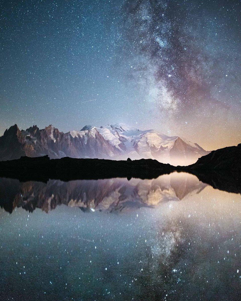 RT @earth_captured: Mont Blanc reflections, France | Photo by Antoine Truchet https://t.co/yWmqTwhkOt