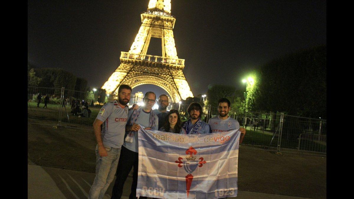 Nace la Peña @celta_eiffel #France #Celta #Eiffel https://t.co/qrkFy3FTzz