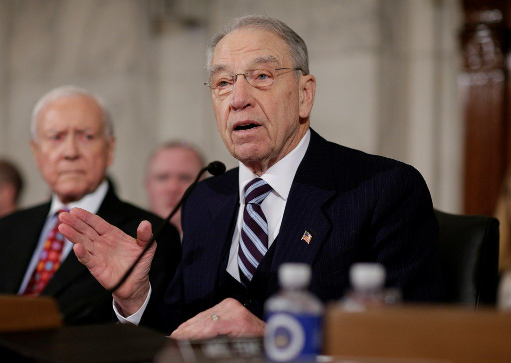 Sen. Grassley asks FBI if it warned Trump campaign about Russian interference
