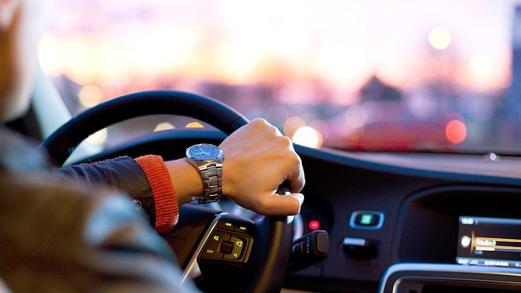 test Twitter Media - Nieuwe auto voor de zaak nodig? Vergelijk de fiscale regels voor het rijden in een privé-auto of zakelijk auto: https://t.co/nNgV65rD7U. https://t.co/JfO5uwssB8