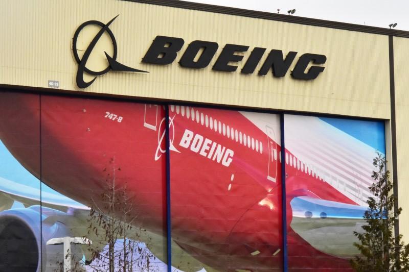 Boeing boosts Southeast Asia order forecast on strong demand https://t.co/UvkE4FFRyy https://t.co/RIaK1XoSdU
