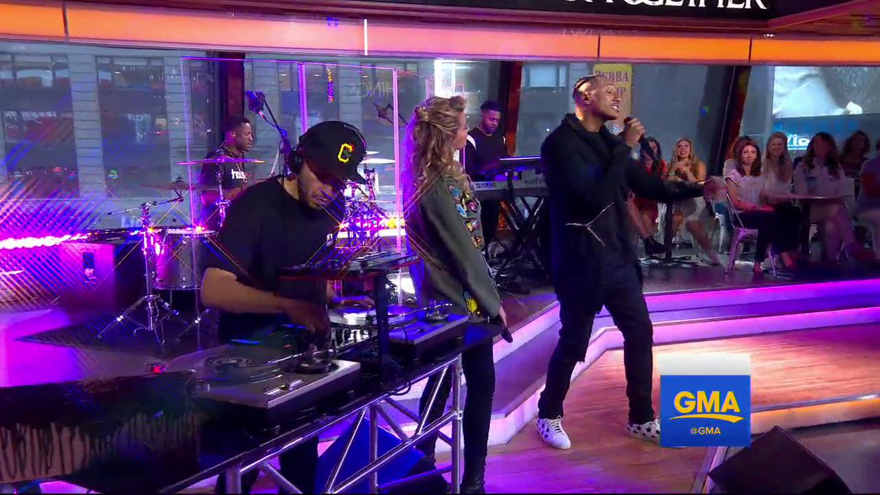 WATCH: @lecrae, featuring @torikelly, perform LIVE on @GMA! https://t.co/jGJ0mfxdGD https://t.co/JhegEYIGhb