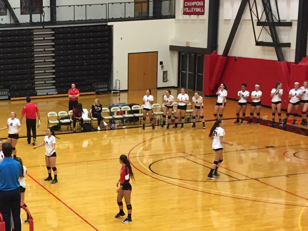 test Twitter Media - What a treat to see mighty @wesleyan_u volleyball team last night chalk up another victory @Wes_Athletics https://t.co/KT7MNLLr9I