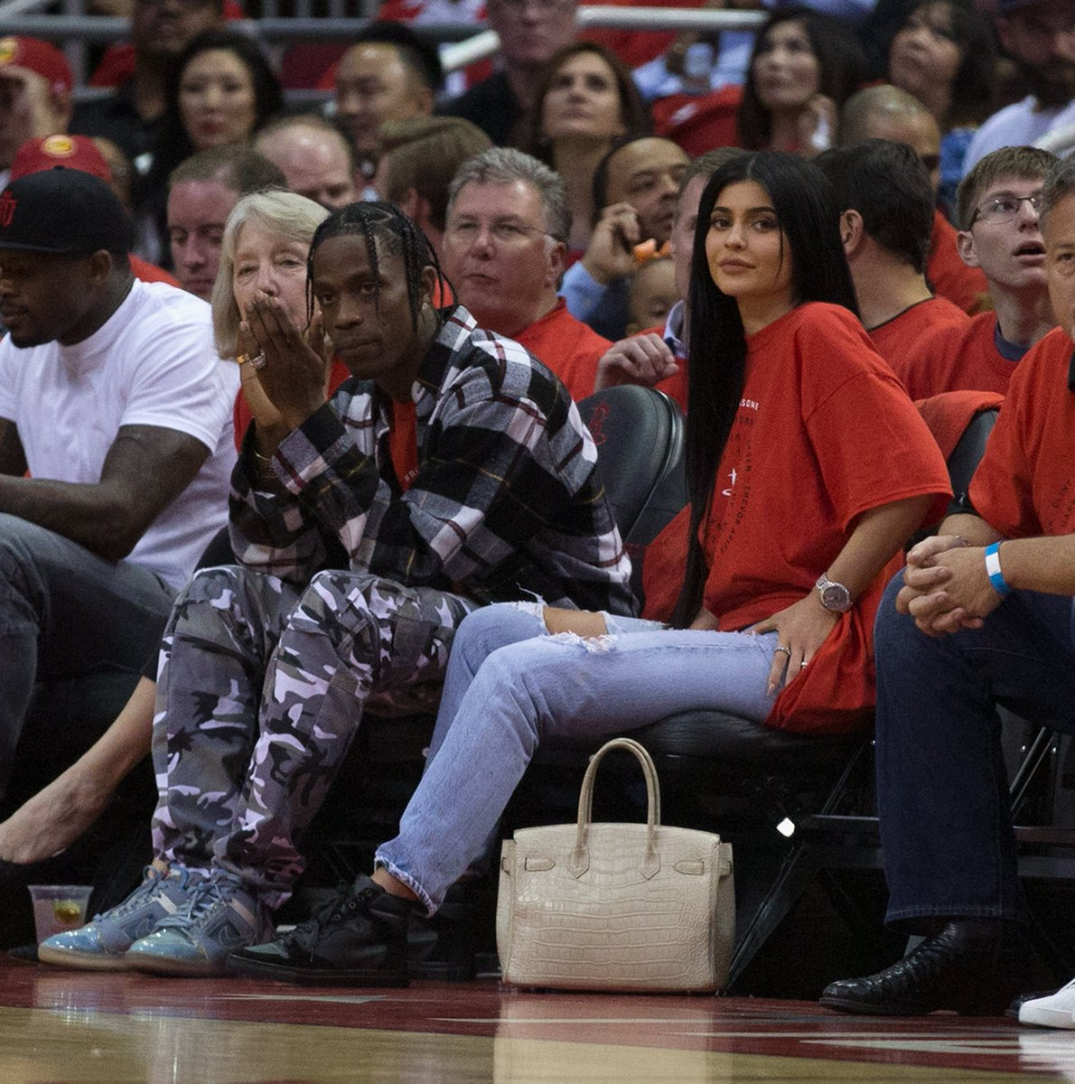 Kylie Jenner is pregnant with Travis Scott's baby, according to a new...