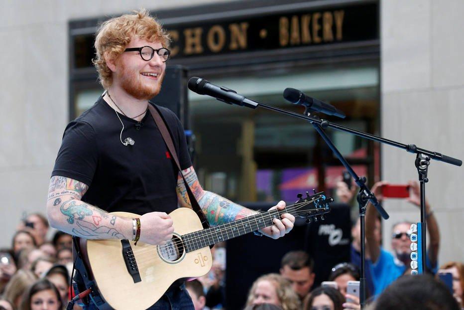 'Shape of You', de Ed Sheeran, torna-se a música mais reproduzida no Spotify
