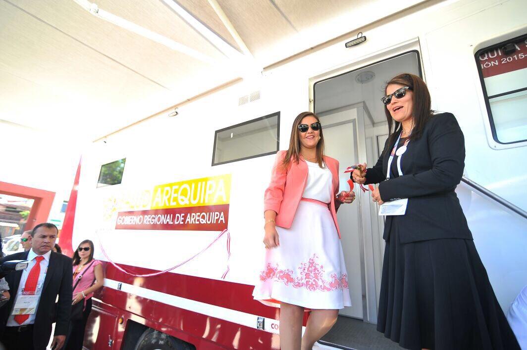 """test Twitter Media - Gracias a la donación de dos clinibuses por Cerro Verde, ejecutaremos el 4to Programa de nuestra gestión """"Salud a Domicilio""""  #AqpSomosTodos https://t.co/R5AGPGFadj"""