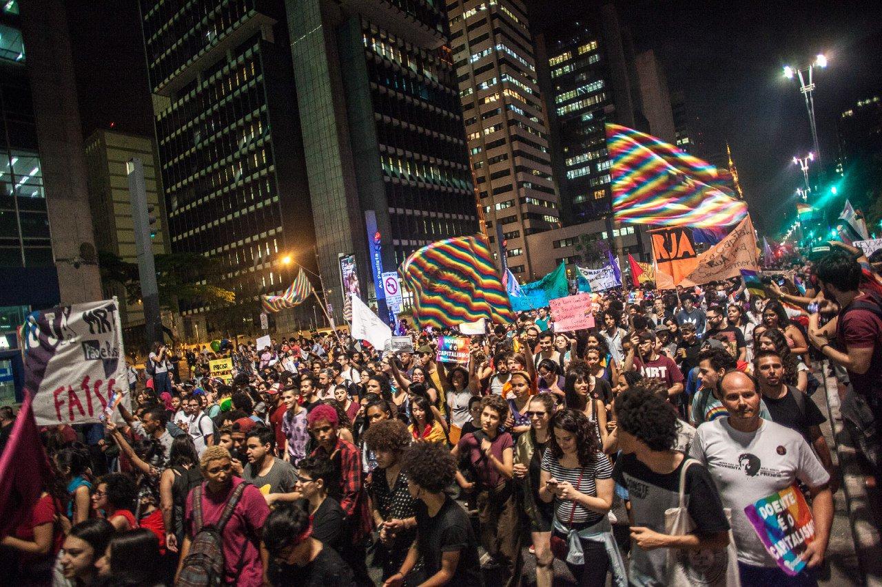 Respeite a população LGBT, eles não precisam de cura!  #CureSeuPreconceito Foto: Mídia NINJA https://t.co/pxOT9E2Scj