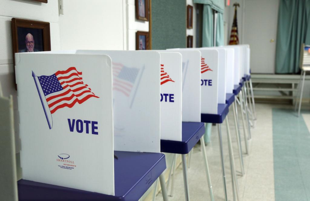 Election systems in 21 states targeted by hackers in 2016 https://t.co/cPq1gpdhGv https://t.co/pK08HT9sV6