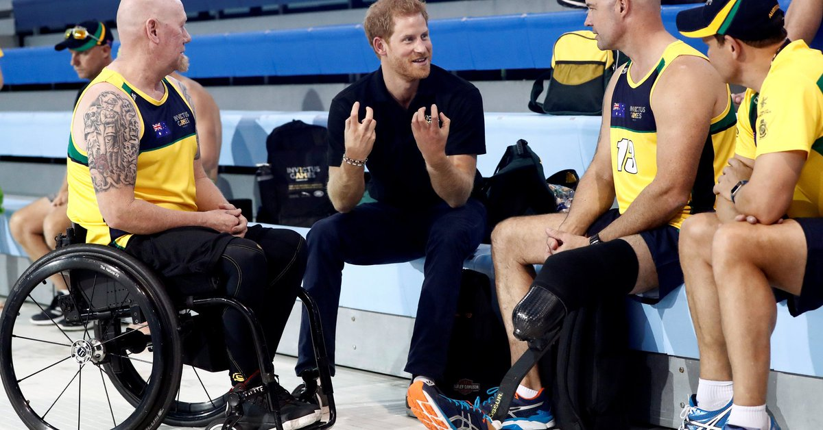 Prince Harry meets with wounded veterans ahead of the 2017 Invictus Games