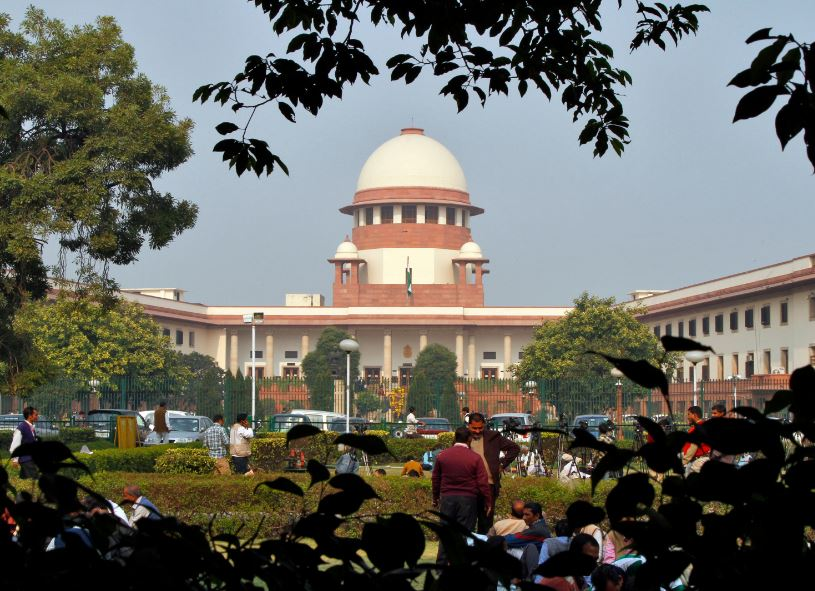 Supreme Court to Supertech Give flats or refund money with 14% interest