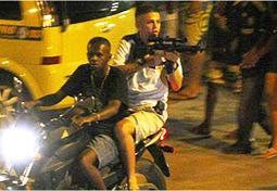 RT @PaulRockHiggins: Going to #Brazil?Rio #crime, nothing out of the ordinary here. #U ...