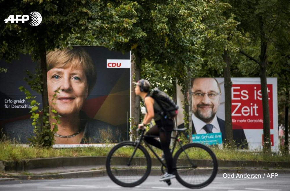 Germany's Merkel, Schulz return to home bases on final campaign push h...
