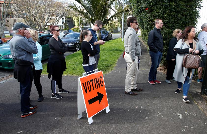 New Zealand polls close after nail-biting race, record numbers vote in advance https://t.co/ncnwnMfOJ2 https://t.co/vOdhBzZG2q