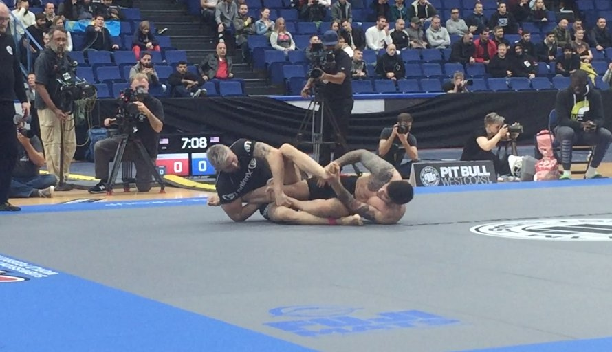 Brief matside footage of the #ADCC2017 match everyone wanted to see! h...