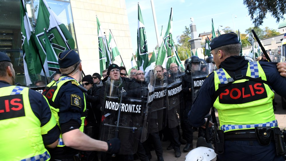More than 60 arrested during neo-Nazi rally in Sweden