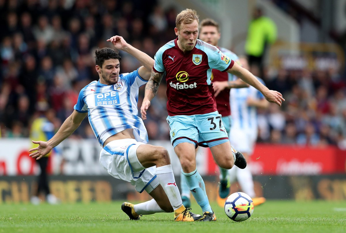 FULL-TIME Burnley 0-0 Huddersfield  A tough battle sees both sides le...