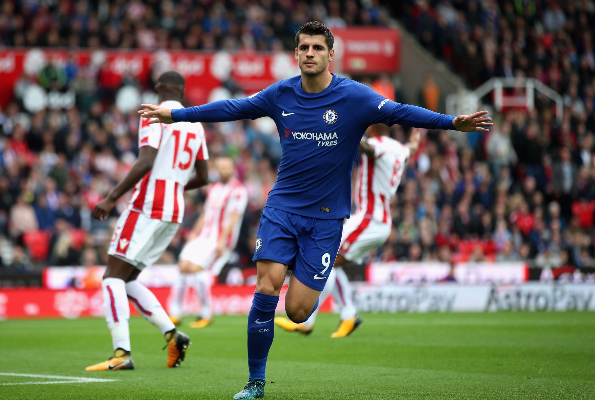 First Chelsea hat-trick. ✅  Take a bow, @AlvaroMorata! �� #STKCHE https://t.co/3UfFEm1Hmd