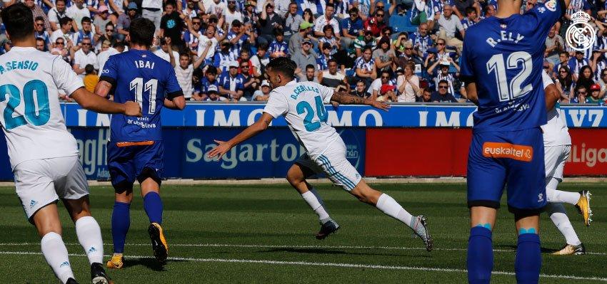 ��⚽ ¡@DaniCeballos46 abre el marcador para el #RealMadrid!  @Alaves 0-1 #RealMadrid  ¡VAMOS!   #HalaMadrid https://t.co/Ivuh0AheDY