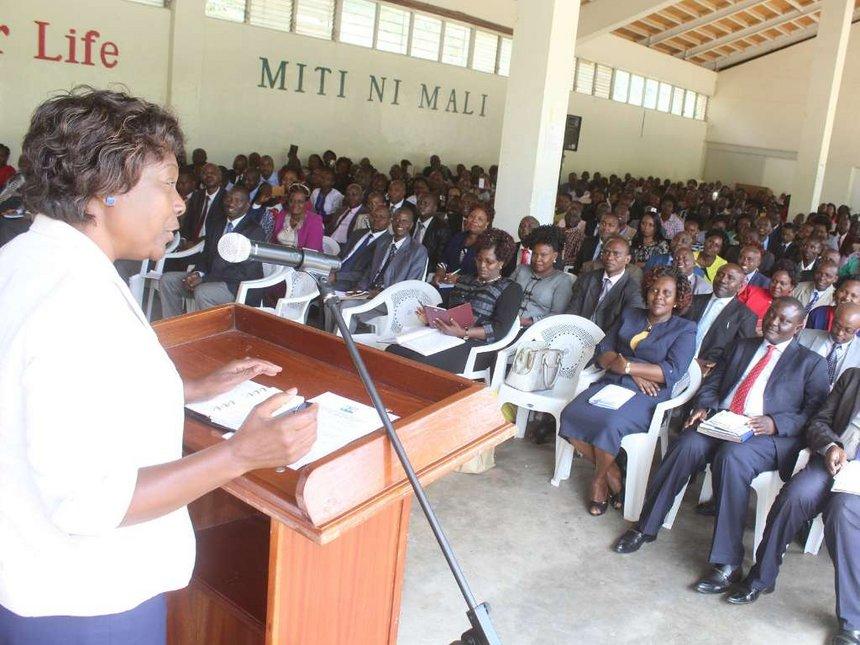 I'll not sack rivals' supporters, Ngilu tells Kitui staff https://t.co/bUFHKCSi7l https://t.co/9CUVXM2wem
