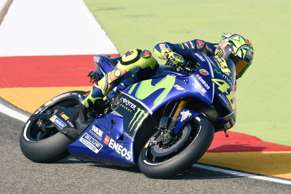 test Twitter Media - Rodando en pista... @ValeYellow46  #QP #AragonGP 🇪🇸 📷 🏍️💨  #ForzaVale46 💪 https://t.co/kj5OncdqUE
