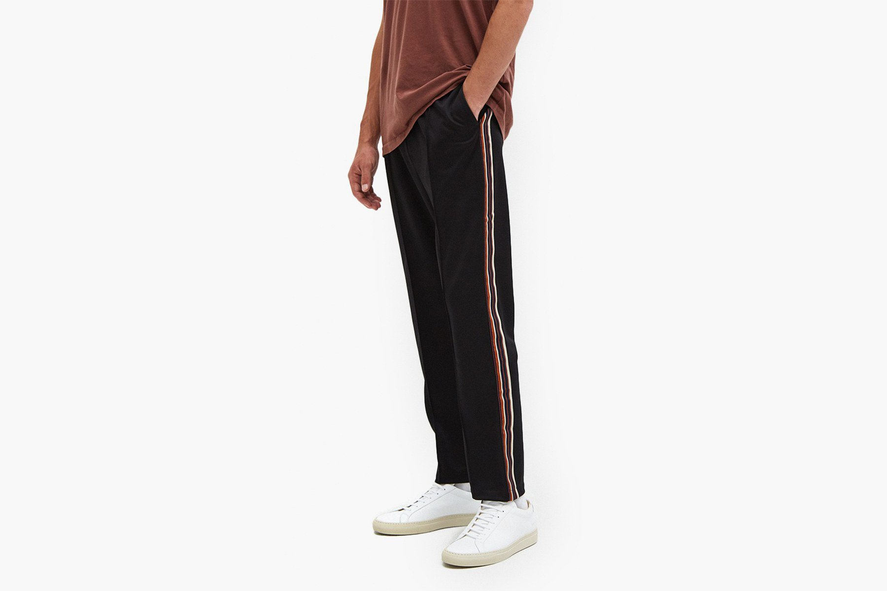 Don't let 2017 pass you by without investing in some very dope track pants https://t.co/DabfLvK1kp https://t.co/XXangsCpv9