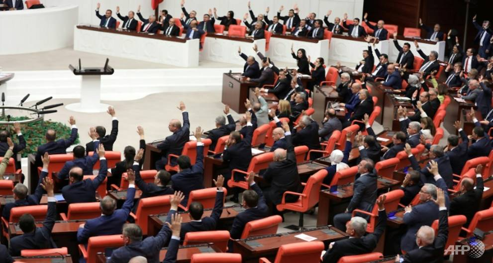 Turkish parliament extends mandate for troops in Iraq, Syria