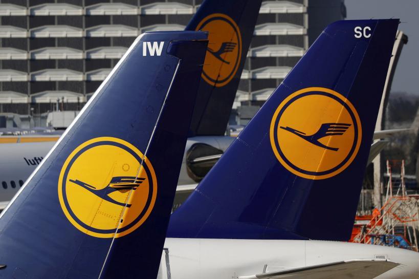 RT @Reuters: Lufthansa offering to pay 200 million euros for Air Berlin: BamS https://t.co/zMNxihu7Dq https://t.co/Zb6b6tLeSy