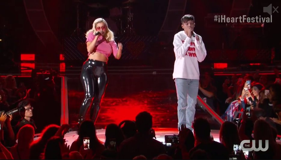 YES! @Louis_Tomlinson and @BebeRexha making the crowd swoon! #iHeartFestival https://t.co/jFHrVsfPGN