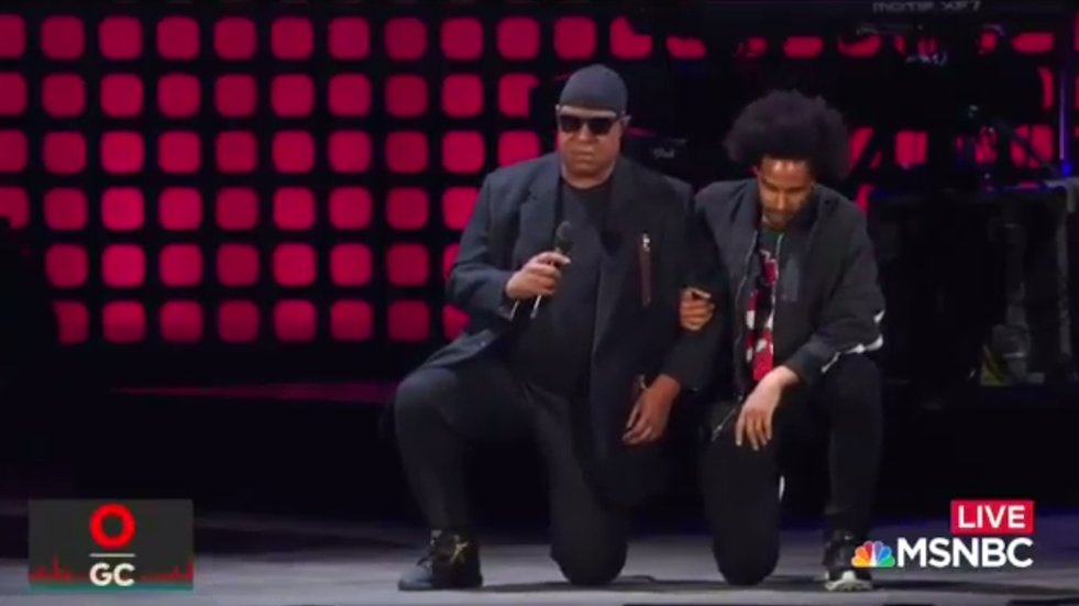 WATCH: Stevie Wonder takes a knee 'for America' https://t.co/cgvKEL2oPn https://t.co/ic6TC9PM1c
