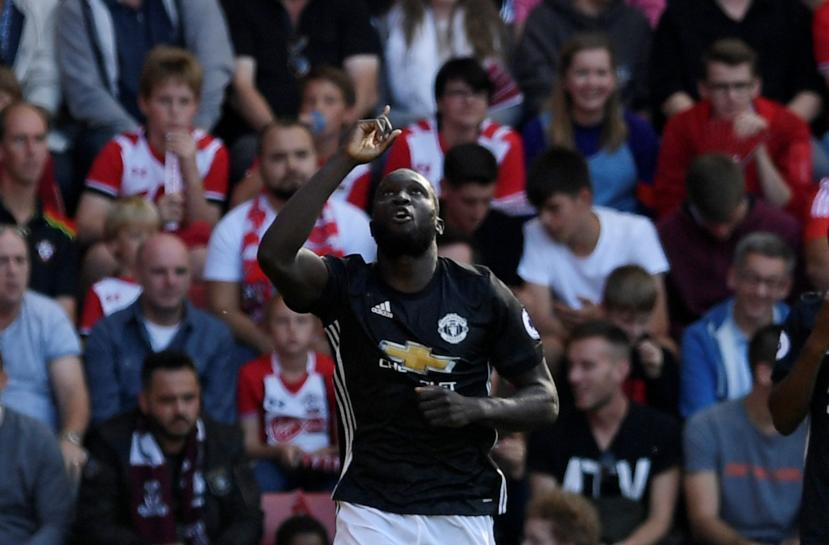 Soccer: Man United bid to identify fans who chanted Lukaku song https://t.co/UtfcPpFNJ0 https://t.co/hCyh2Rkb88
