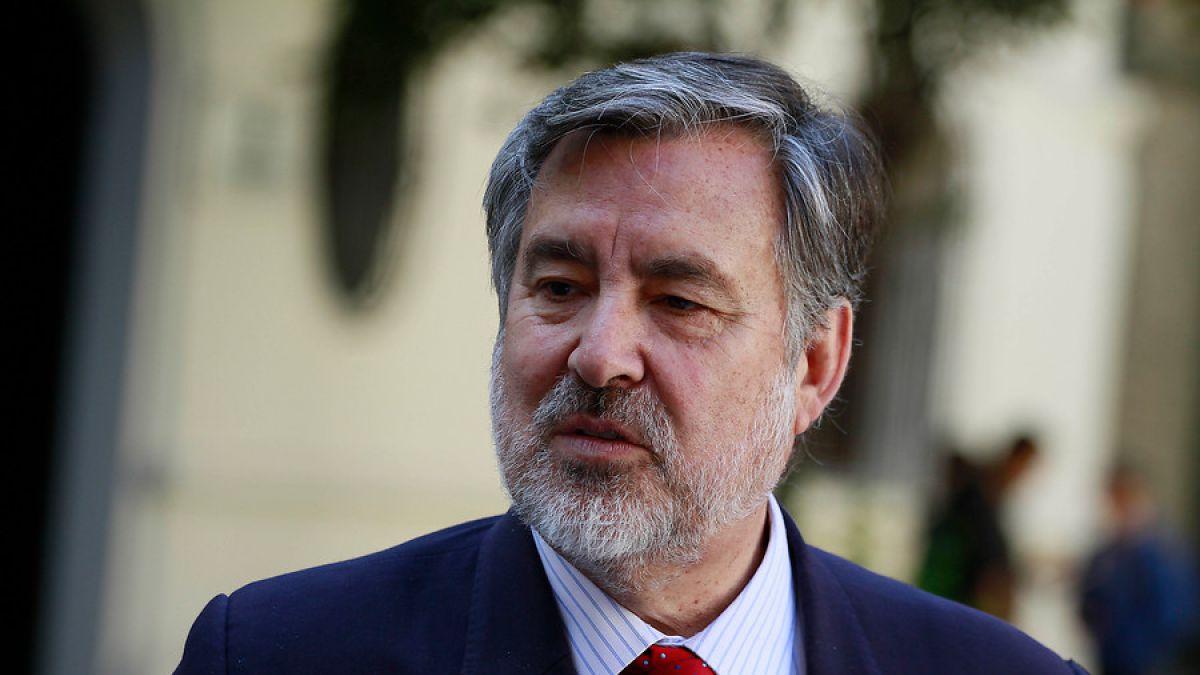 Encuesta Cadem Guillier vuelve a caer y Piñera sube #CNNChile