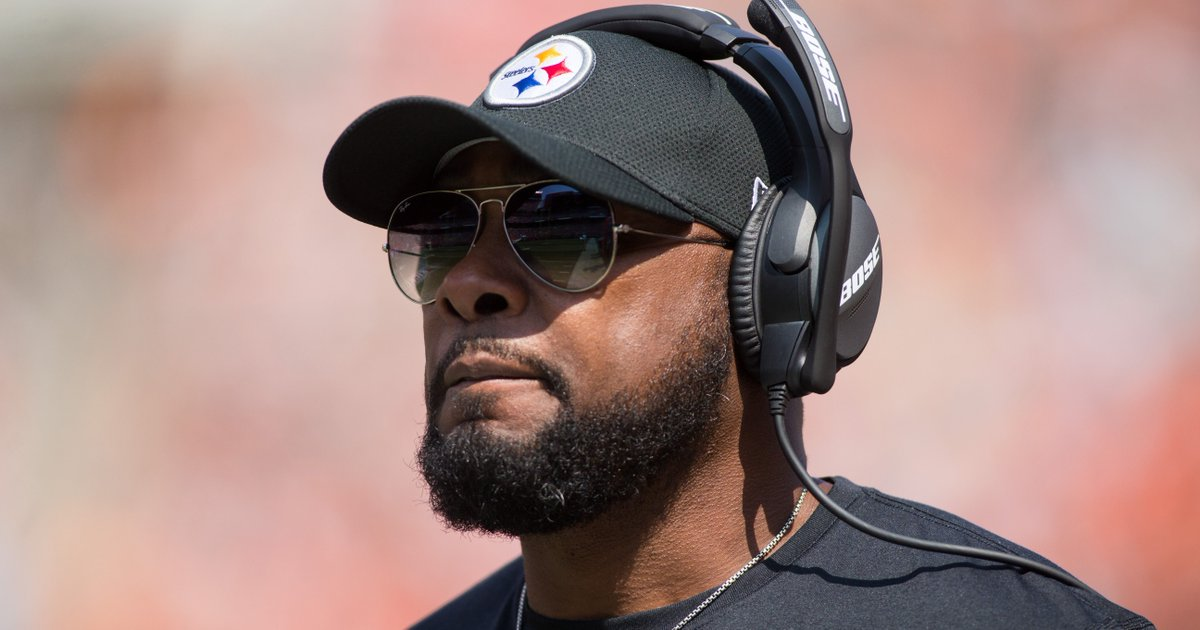 Mike Tomlin Steelers won't participate in anthem, will stay in locker room.