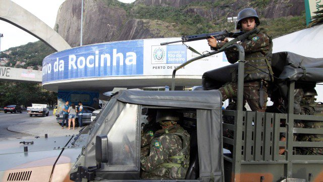 Após dia de tiroteios, Rocinha tem manhã de aparente tranquilidade