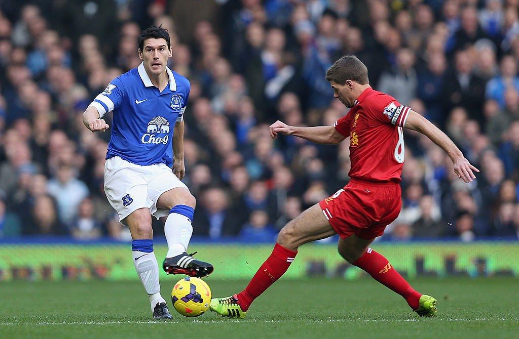 Steven Gerrard advised Rafa Benitez not to sign Gareth Barry - https:/...