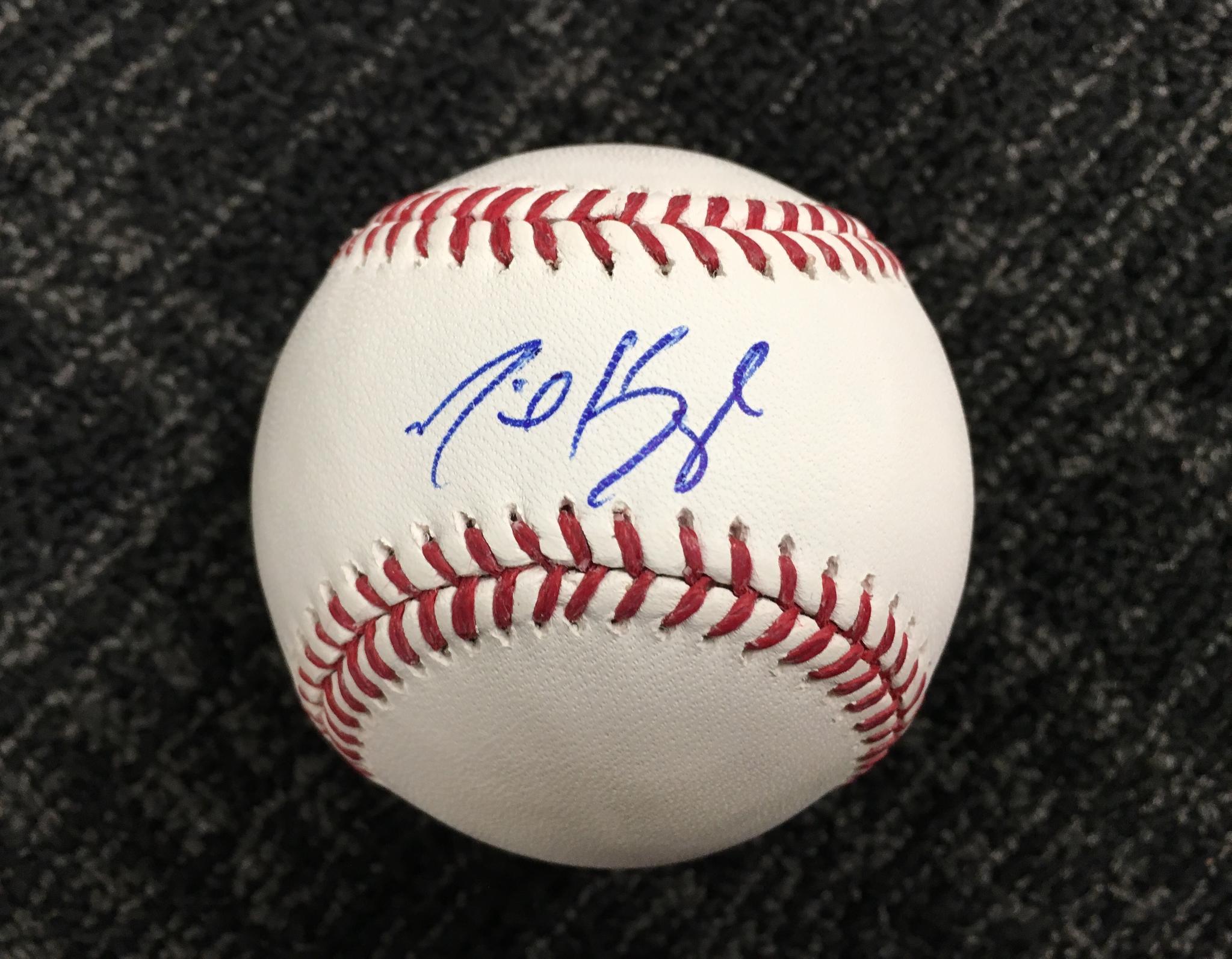 RETWEET for a chance to win an autographed @MichaelKopech5 baseball! #SoxGameDay  Rules: https://t.co/ZDZcEeiVRB https://t.co/OsidjXEqbN