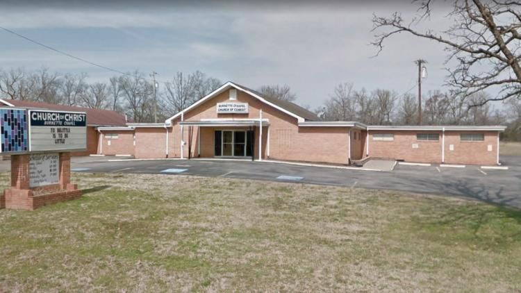JUST IN: Six people shot at Tennessee church https://t.co/2Ua4AMfaTp https://t.co/H3jZBMhPaa