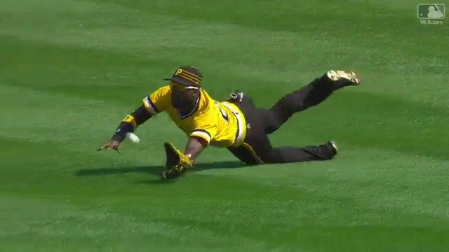 Not a second to spare. What a grab by @TheCUTCH22. https://t.co/zb9JtnAJGk