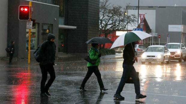 Heavy rain, severe gales and thunderstorms in many central, southern areas