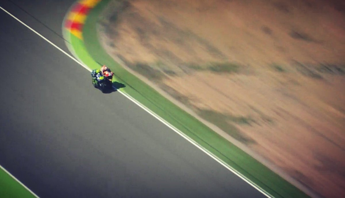 """test Twitter Media - #Rossi intervista : """"Se Pedrosa è arrabbiato, bisogna che corra da solo"""" #AragonGP 🇪🇸 https://t.co/DoIWPxrIdY"""