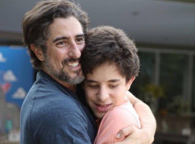 Marcos Mion homenageia filho autista 'Maior perfeição que existe' 👨👦 -via @Emais_Estadao