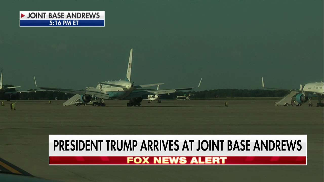News Alert: @POTUS arrives at Joint Base Andrews. https://t.co/zbHX2NQXgK