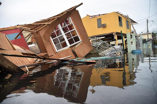 Hurricane Maria: Category 2 storm — Puerto Rico flooding, latest forecast,updates https://t.co/o84VXEn9vO https://t.co/eZt2t35u1X