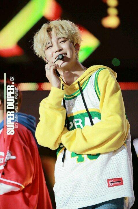 Smiles that keep Me going��❤�� #JIMIN #지민 #방탄소년단 #BTS cr logo https://t.co/k7J5PiRS60