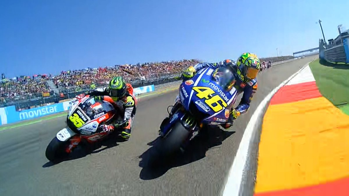 test Twitter Media - Turn one gets TIGHT🙈  Watch the first lap of the #AragonGP from the riders' perspectives  Multi-OnBoard🎥 https://t.co/VmUjwsKyeM https://t.co/Vbs4O04UTz