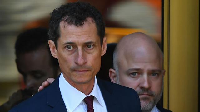#BREAKING Anthony Weiner sentenced to 21 months in prison