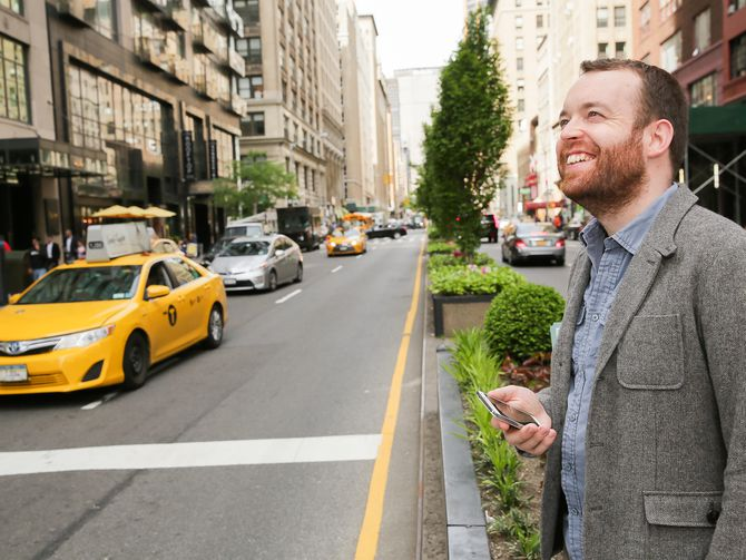 Here's how a phone made CNET's @nickhide an instant New Yorker https://t.co/KgA1rT1XWK https://t.co/eDfVYcuZSL