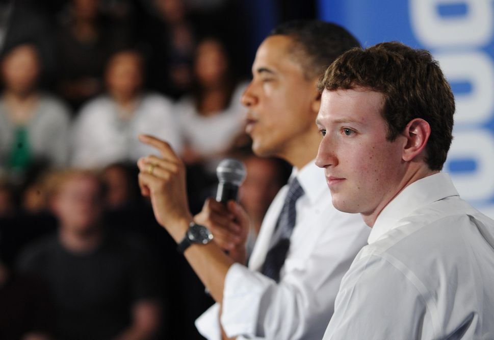 Obama warned Zuckerberg about impact of fake news on the 2016 election https://t.co/uZiSj6Qv6u https://t.co/D5n3CzALoY