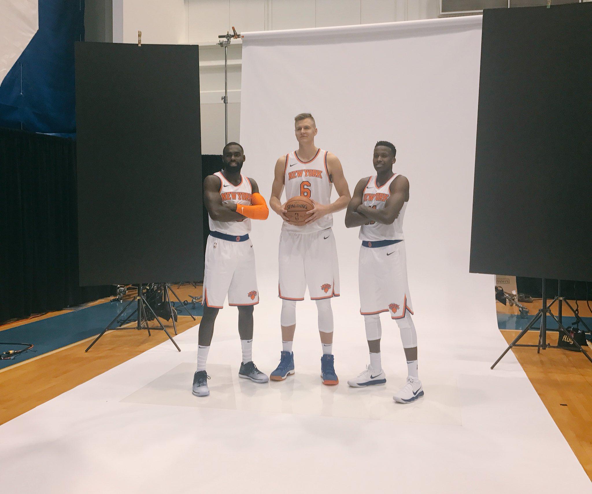 Squad. https://t.co/cW0V2m7Mzy